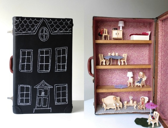 Suitcase_dollhouse2