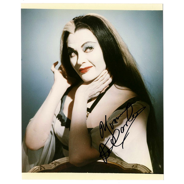 munsters---yvonne