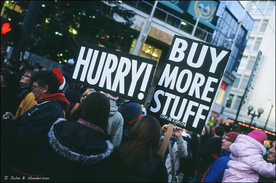 buy-less-this-Christmas-consumer-free-Christmas