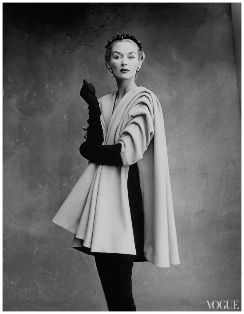 lisa-fonssagrives-penn-wearing-a-mantel-coat-by-cristc3b3bal-balenciaga-irving-penn-vogue-september-1950