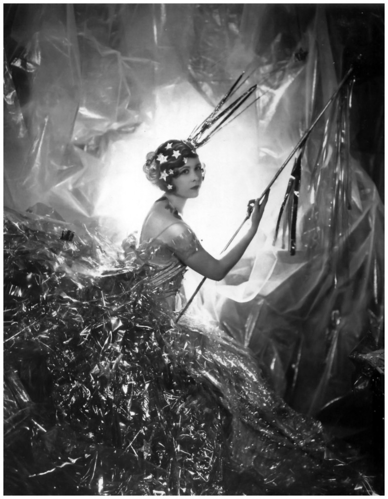 nancy-beaton-as-a-shooting-star-1929-photo-cecil-beaton