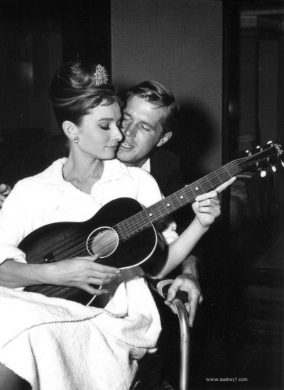 breakfast  audrey e george w guitar