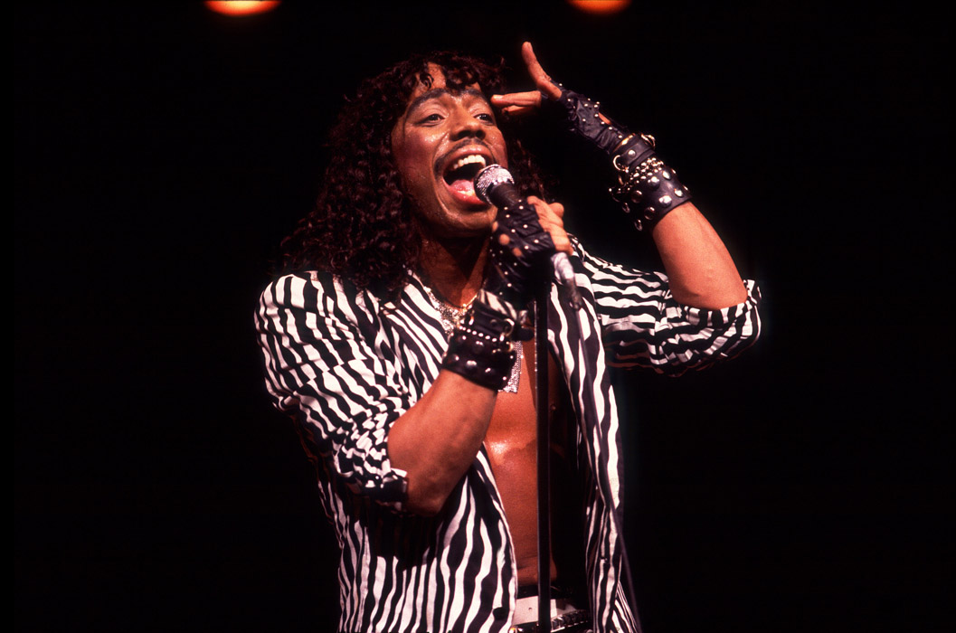 Todays sound rick james por arthur mendes rocha japa girl rick james at the holiday star theater on september9 1983 in merilville indiana fandeluxe Choice Image