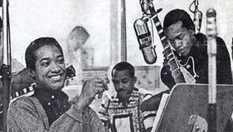 Bobby+Womack,+with+guitar