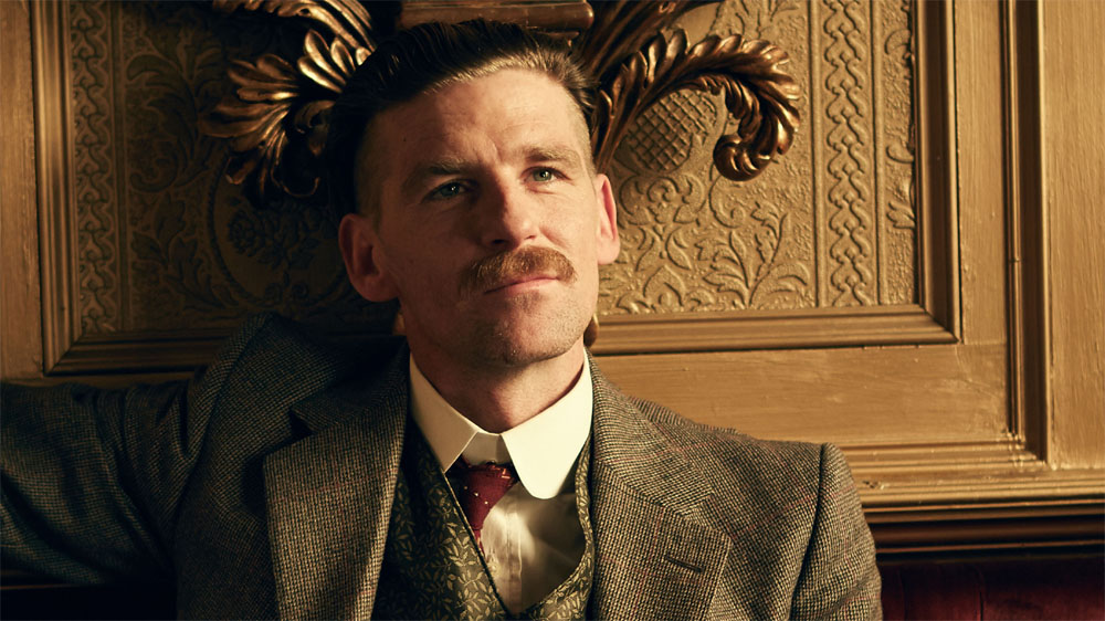 Paul Anderson como Arthur Shelby Jr.