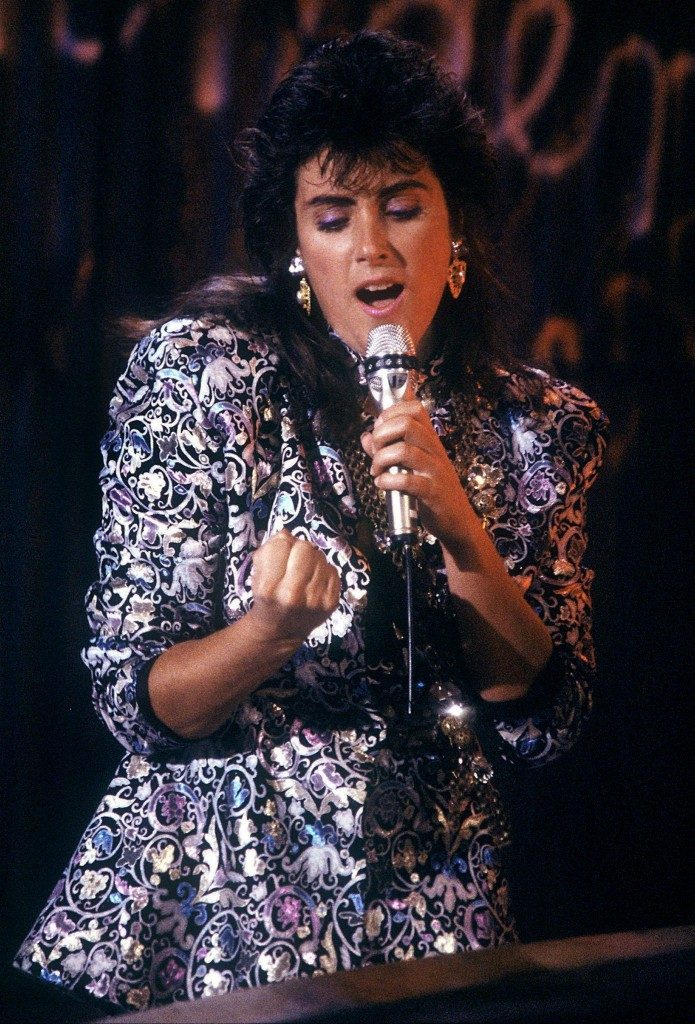 SINGER LAURA BRANIGAN DIES AT 47