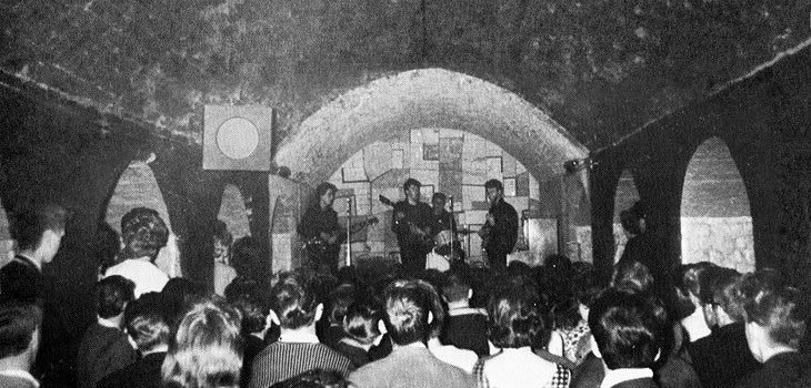 Interior do Cavern Club.